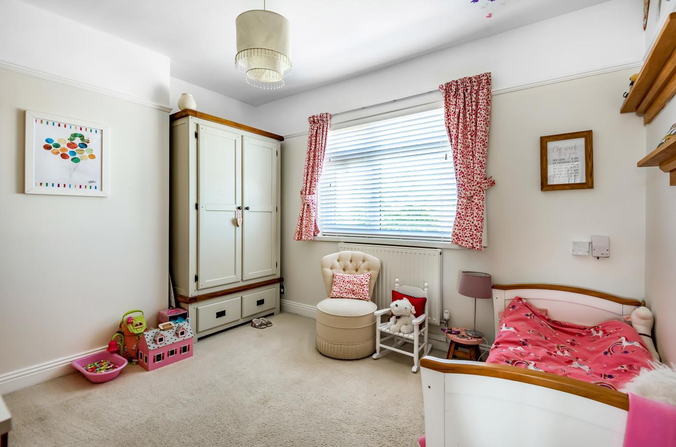 Lady Housty Avenue, Newton, Swansea, SA3 4TS